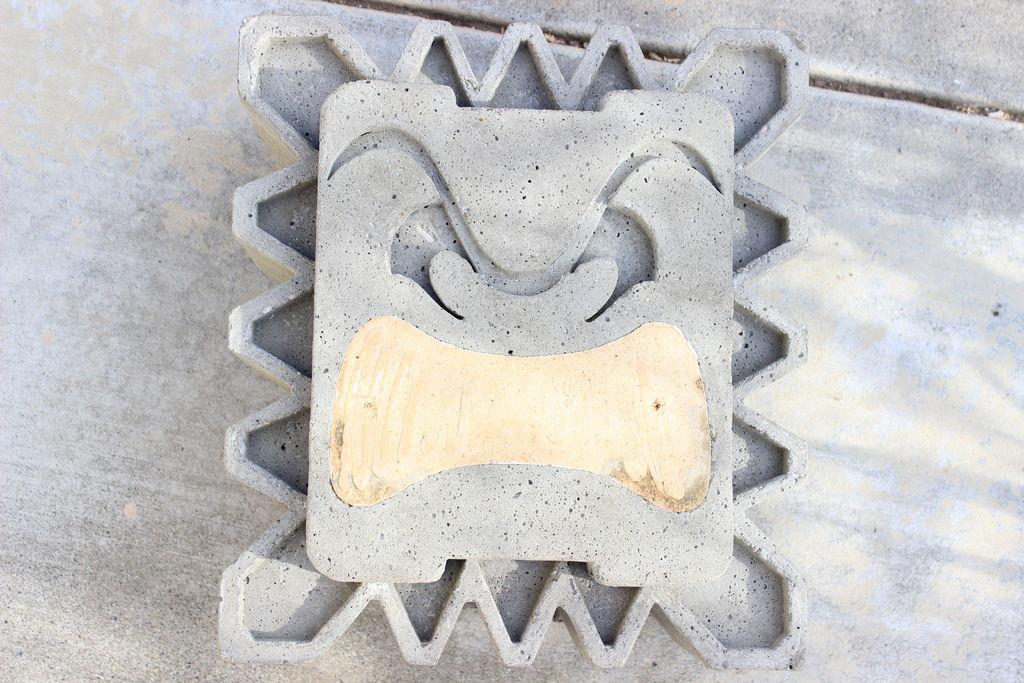 Picture of De-Molding