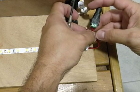 Connecting the Led Strip to DC Female Connector