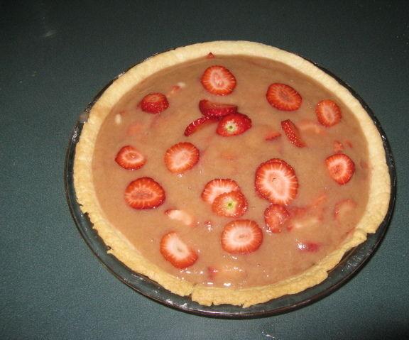 Rhubarb & Strawberry Pie