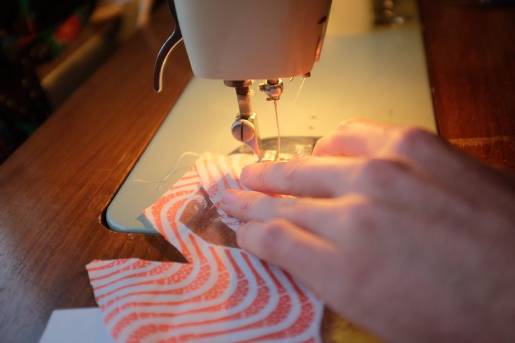 Picture of Sewing in Band & Elastic