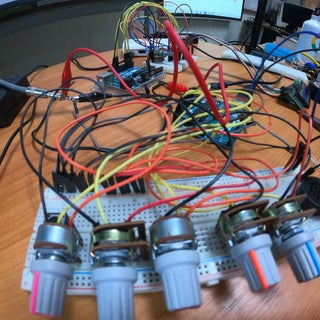 Using Mozzi Library With 5 Potentiometers