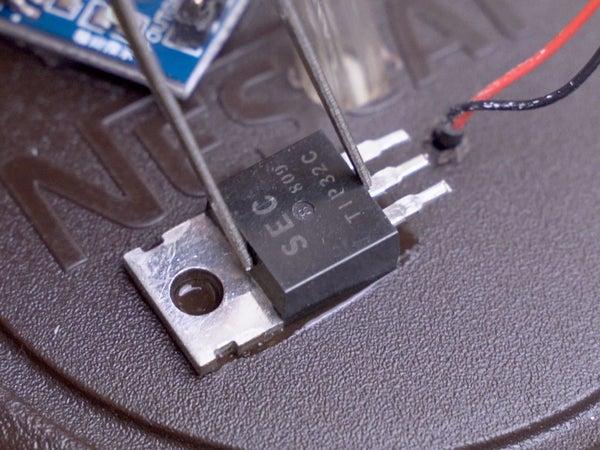 Não é necessário PCB - supercola o transistor