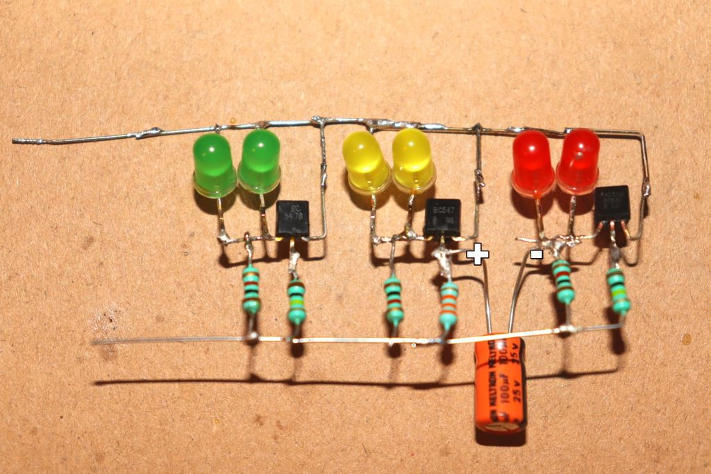 Picture of Connect 100uf Capacitor