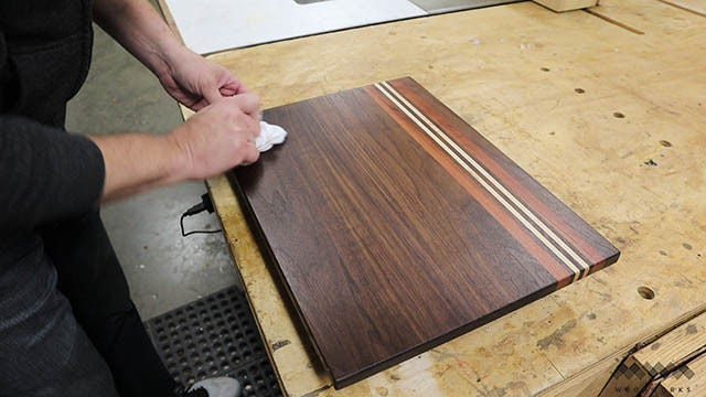 Picture of Applying Finish to the Cutting Board