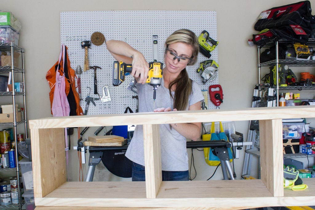 Picture of Step 2: Assemble the Base of the Bench