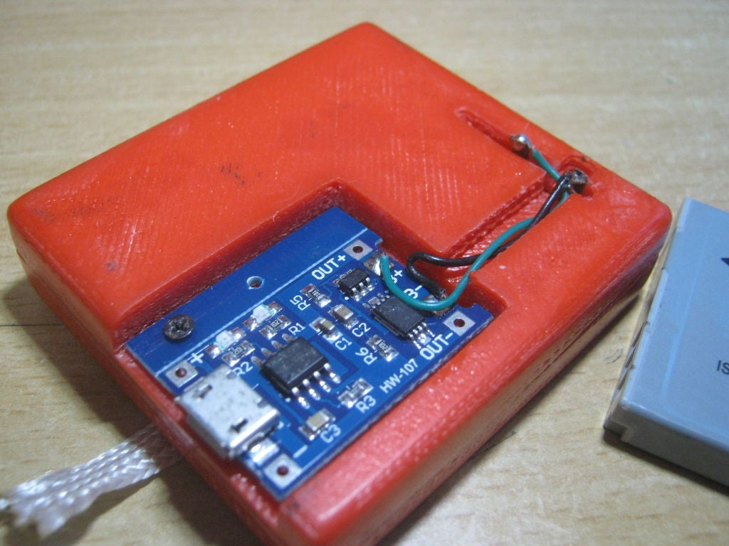 Picture of PCB Attachment and Conection to Contact Points