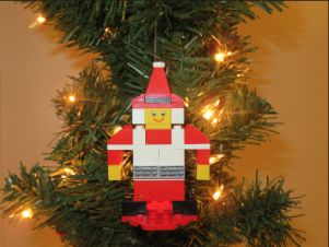 Picture of Mrs. Claus LEGO Ornament Build