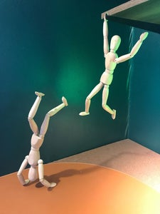 Free-standing Artist Figure With Rare Earth Magnets