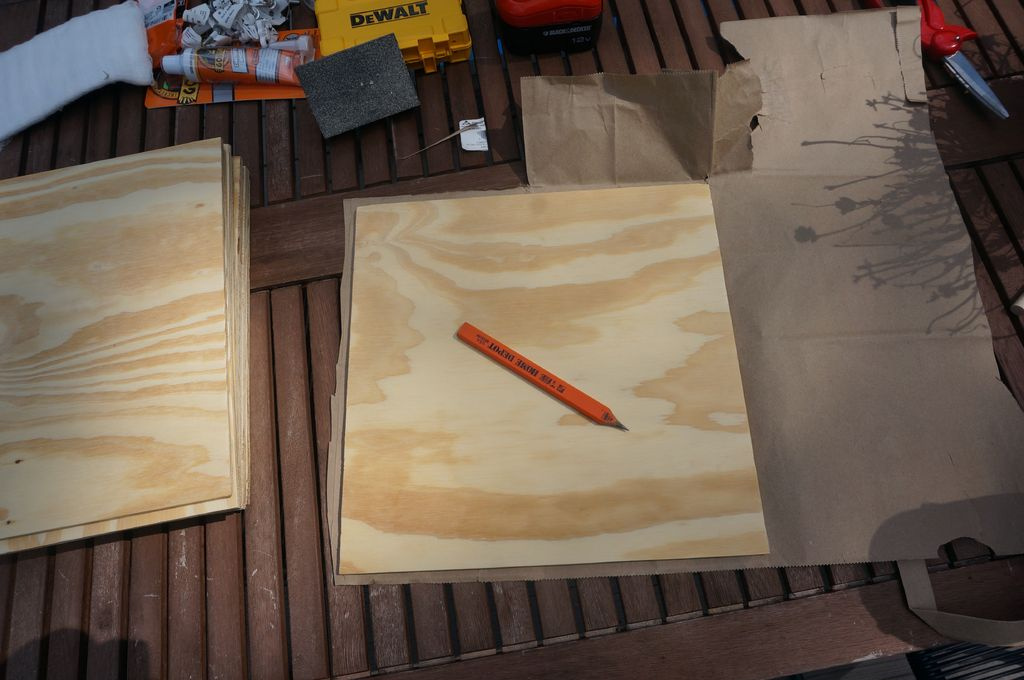 Picture of Mark the Center of Each Wood Square