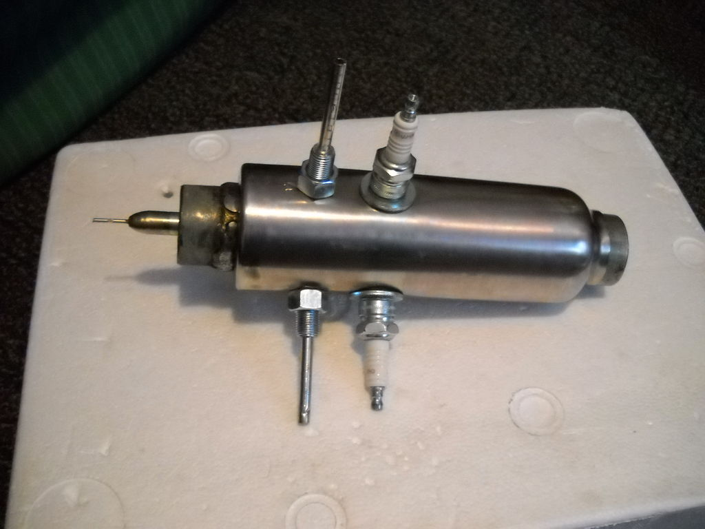 Picture of Attach the Combustion Chamber