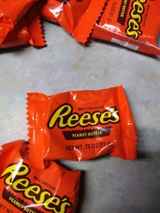 Reese's Cup Topping