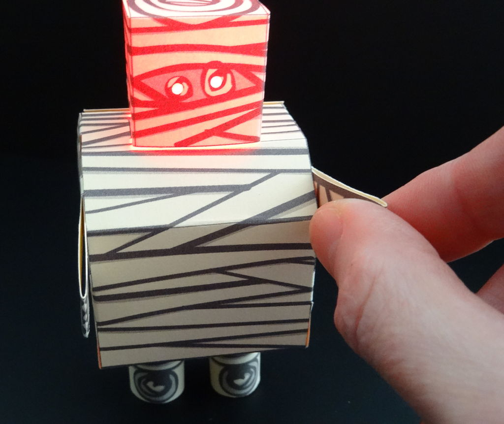 Picture of The Mummybot Papercraft With LED