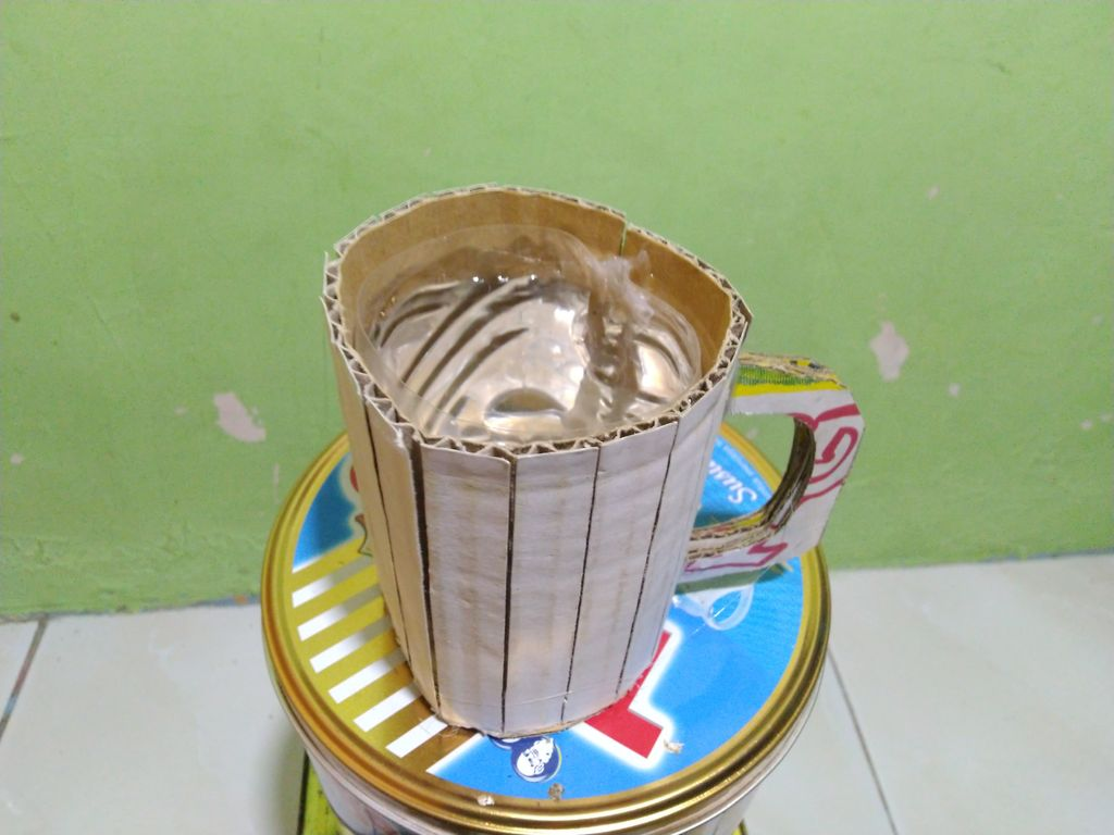 Picture of Cardboard Drinking Glass
