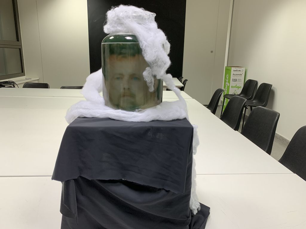 Picture of Build the Head-in-a-jar