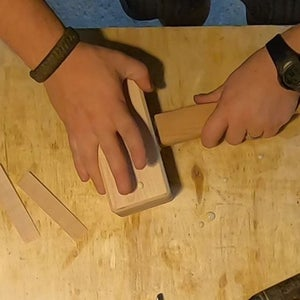 Attaching the Handle