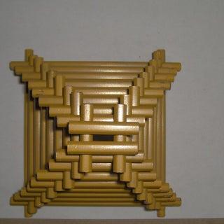stacked-pencil-pyramid-06.jpg