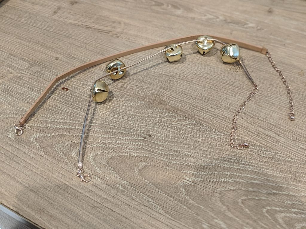 Picture of Make a Bell Necklace