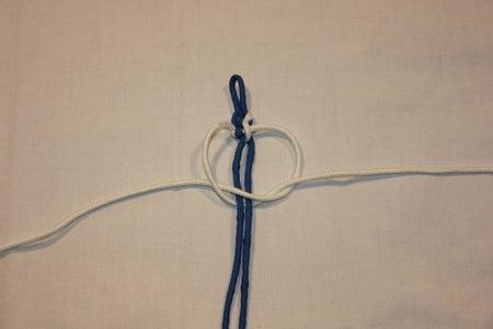 Start to Tie the Bracelet