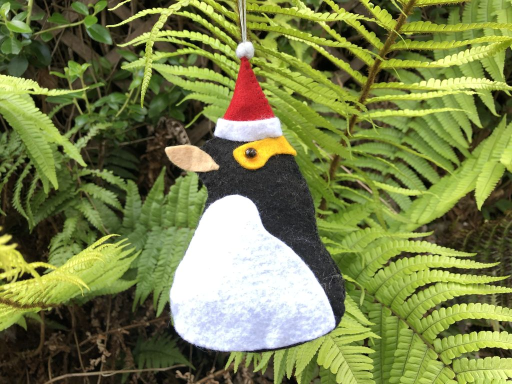Picture of Yellow-eyed Penguin Christmas Tree Decoration