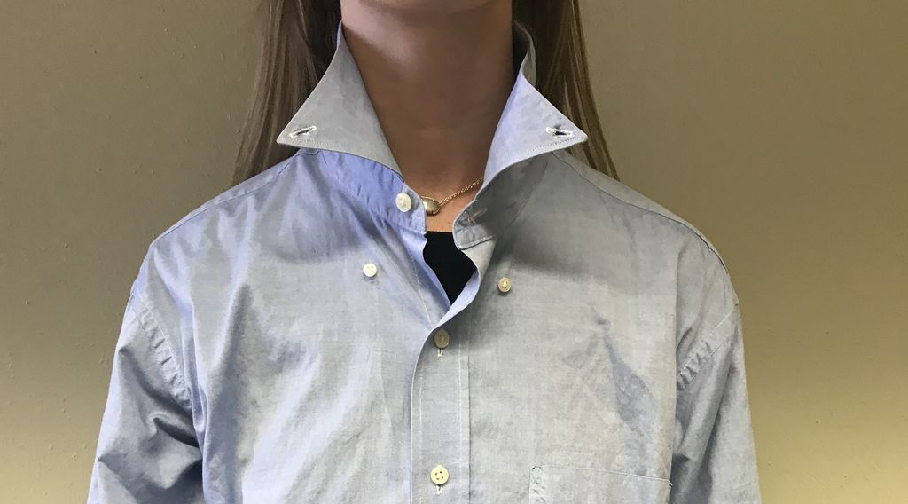 Picture of Prepare Shirt for Bow Tie