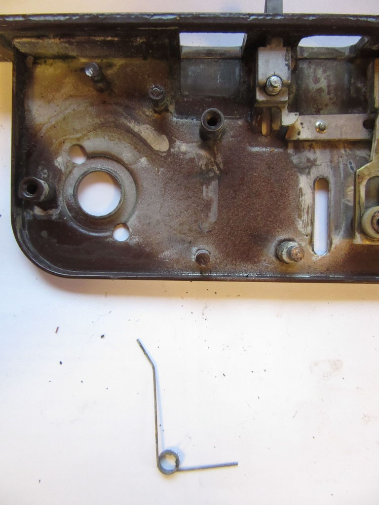 Picture of Disassembling a Boda 4235 Lockcase - P Lever and Deadbolt Actuator