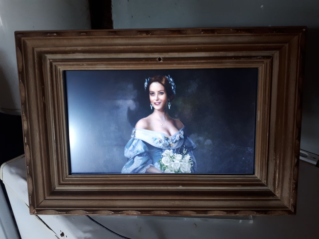 Picture of Portrait for Halloween With Screen