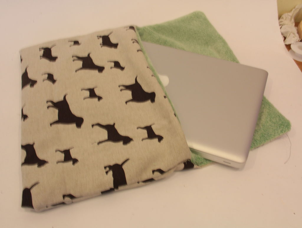 Picture of Easy to Make Laptop Sleeve