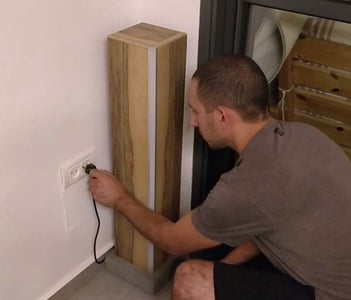 Placing and 1st Connection of the Lamp