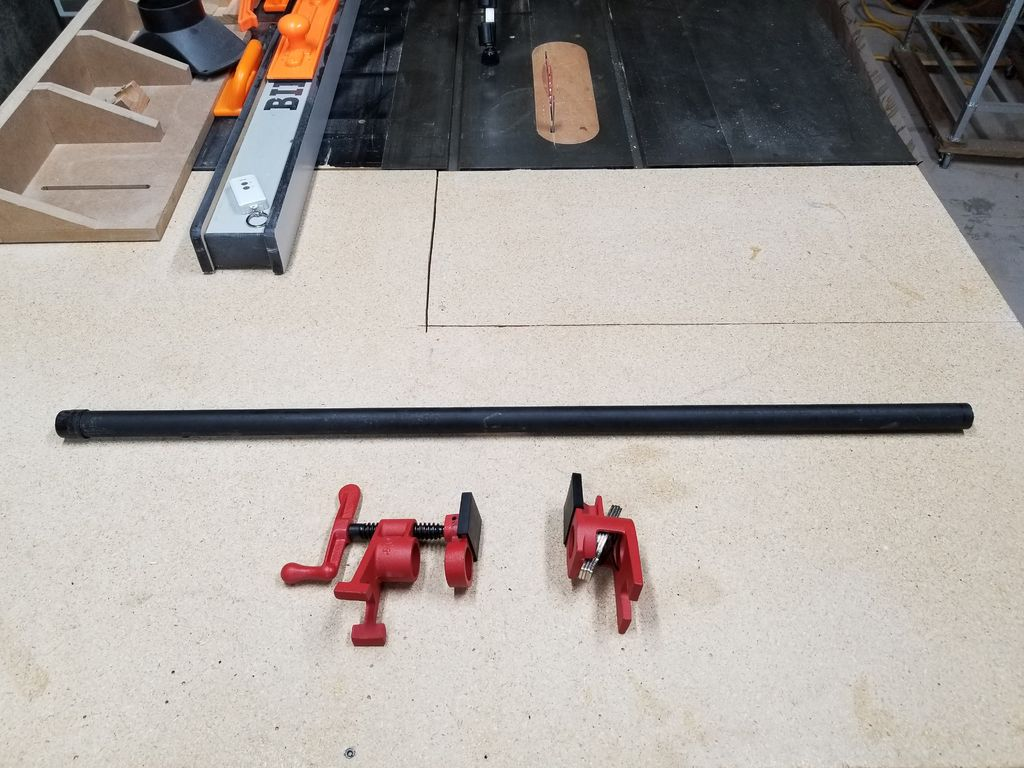 Picture of Clamps and Pipe