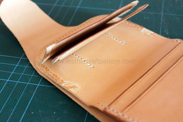 Picture of The Client Wants More Card Slots, So More Card Slots Is Designed for Him. Please Look at the Steps to Understand the Construction. Finally Sew Them on Lining Too.