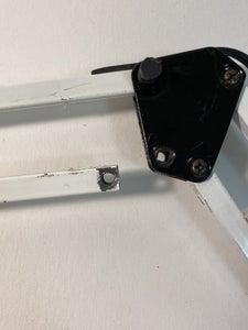 Repairing Junk Shop Lamp