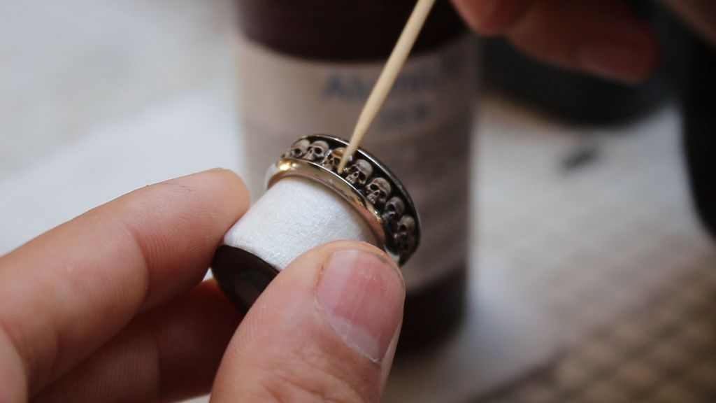 Picture of Finishing the Skull Ring