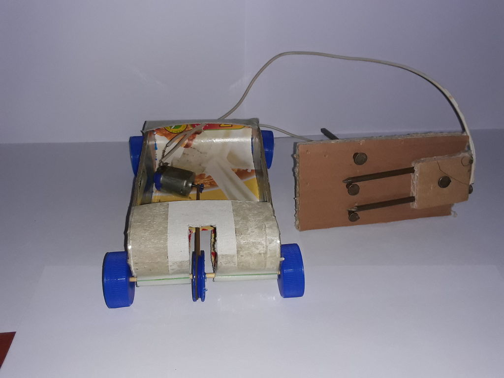 Picture of Fully Homemade Simple Car
