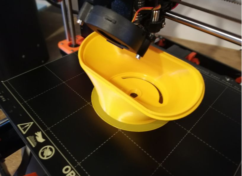 Picture of 3d Printing the Headlicht.