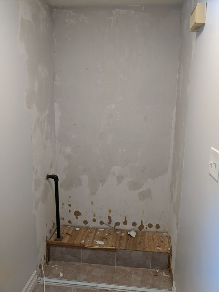 Picture of Mudding the Wall