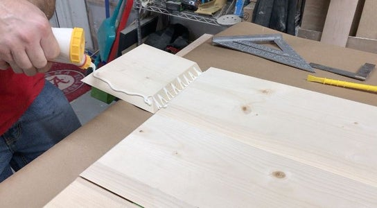 Apply Glue to All Miter Joints