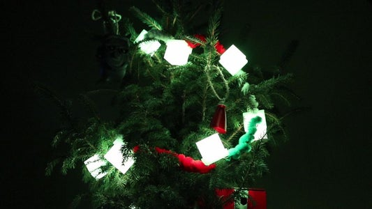 The Google Trends Powered Christmas Tree