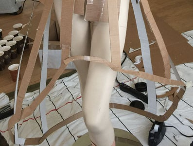 Skirt Structure-Use Coffee Sleeves and Cardboard