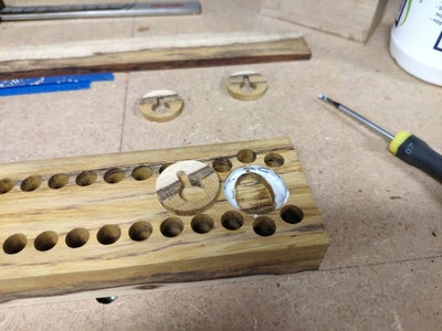 Milling and Glueing Keyholes