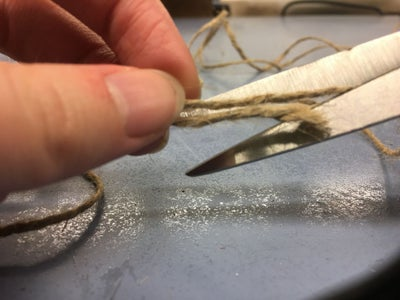 Measure & Cut the Twine