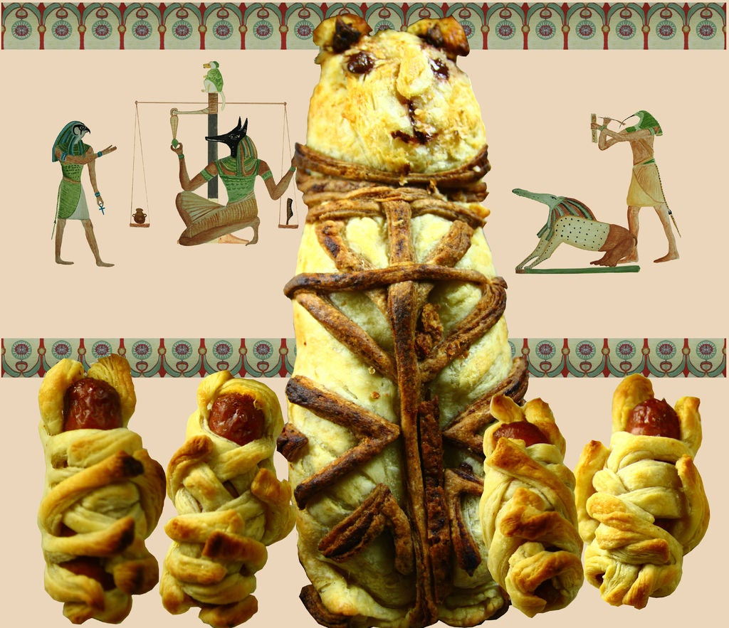 Picture of Mummified Cat and Kittens Pie (with Savoury Option)