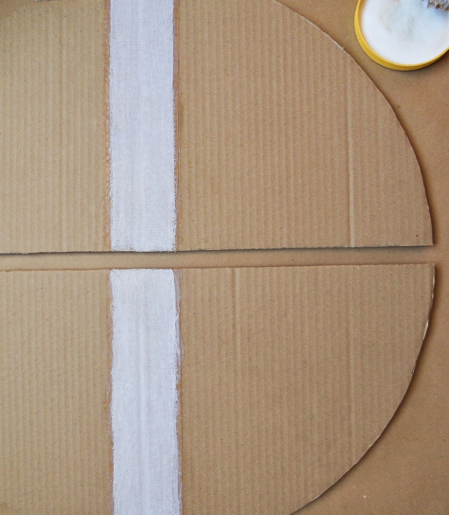 Picture of Assembling the Stool-Table Top