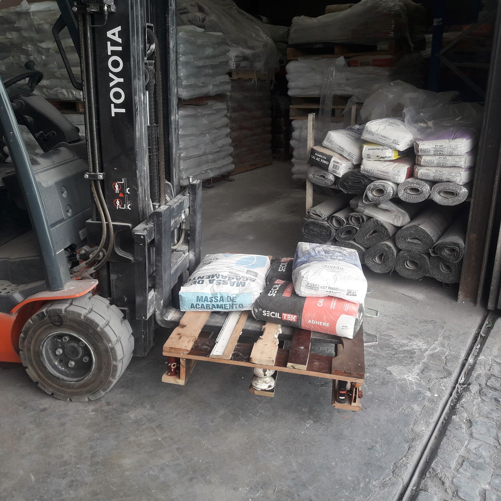 Picture of Enjoy Your Pallet or Send It Out in to the Big World That Is Paletized Distribution