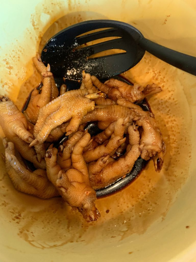 Picture of Create the Glazed Chicken Paws (Feet)