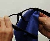 How to Make Eyeglass Cleaner