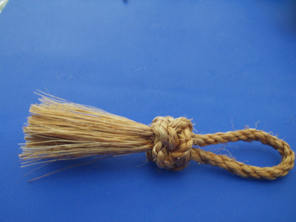 Picture of Marlinspike Lanyard Knot Whisk Broom