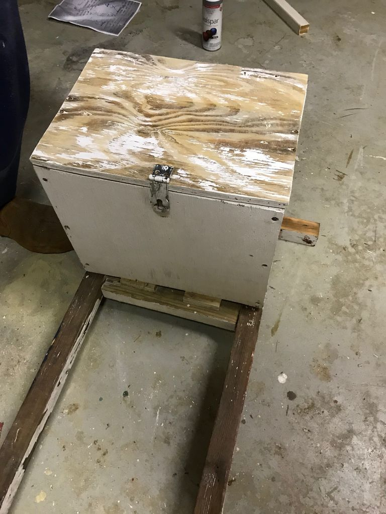 Picture of Attach Lid
