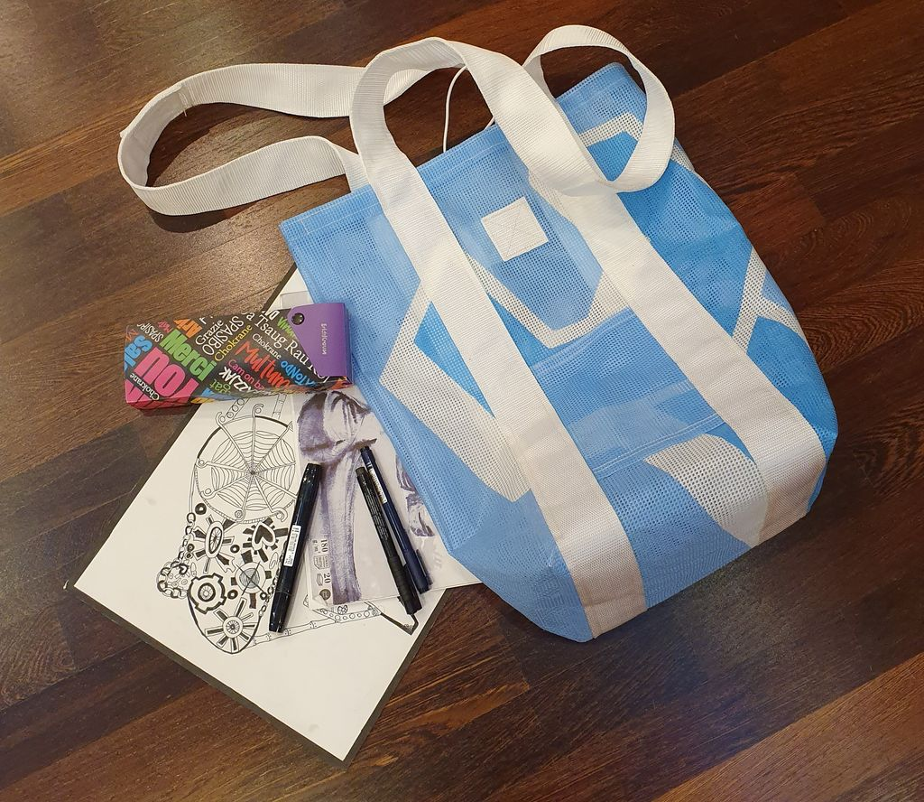 Picture of How to Make a Shopper Bag From Used Banner
