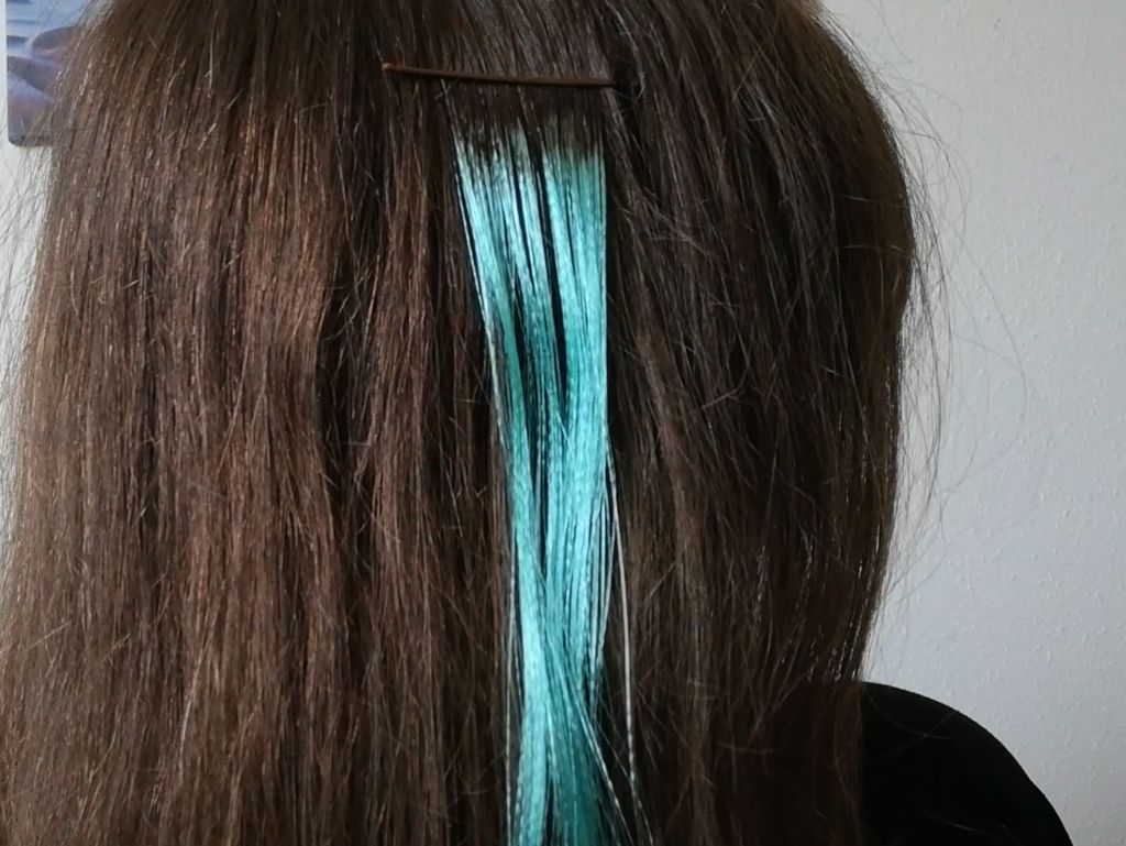 Picture of Making Hair Clips (Option 3)