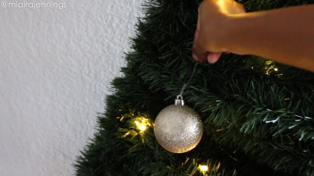 Picture of Add Ornaments